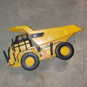 CAT 1995 large electronic truck (works well!)
